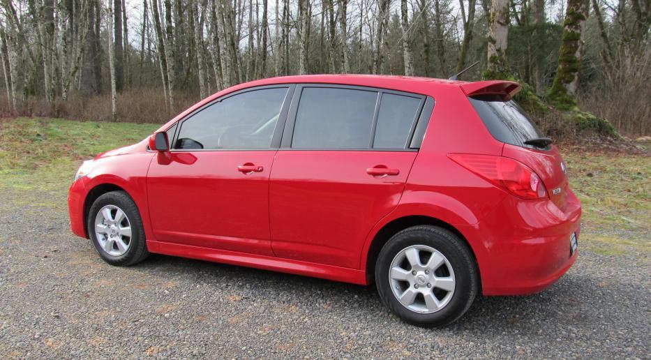 2011 18 SL Hatchback Splash Guards Available
